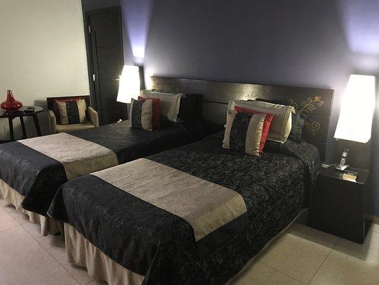 Hotel Palacio del Marques de San Felipe y Santiago de Bejucal, hoteles en La Habana