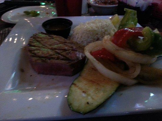 El Campo, TX: Tuna steak. Excellent