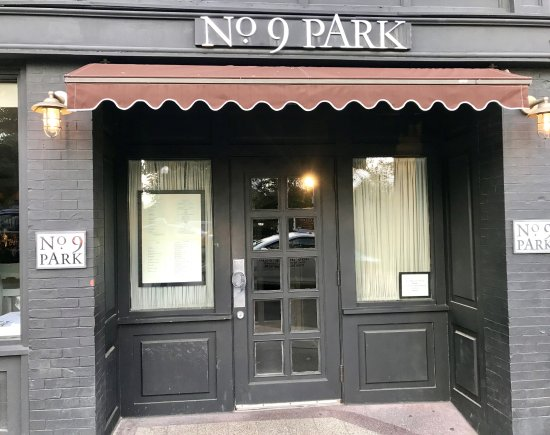 The entry door at No. 9 Park