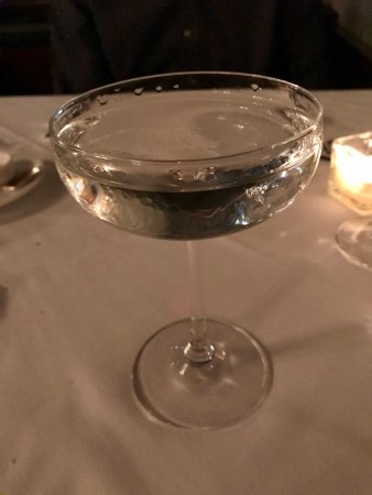 No. 9 Park: A classy cocktail to start