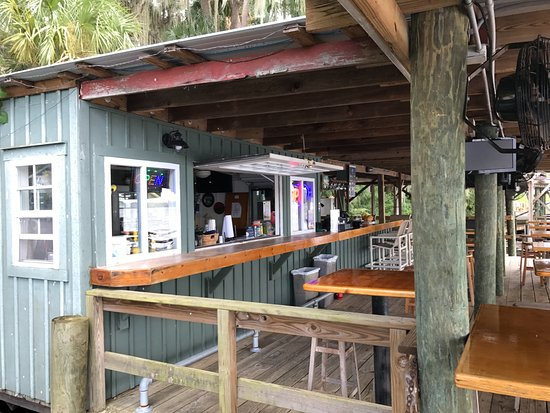 Welaka Lodge & Resort: Riverfront Bar