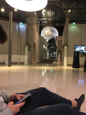 Novotel Toulouse Centre Wilson : hall d'entrée