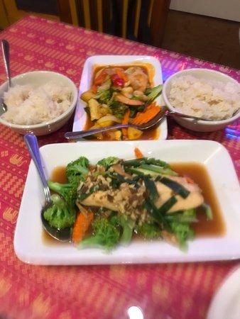Naung Mai Thai Kitchen : photo1.jpg