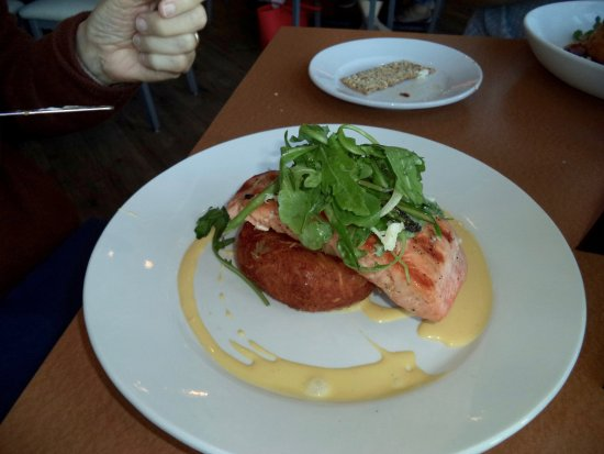 New Bedford, MA: Salmon entree