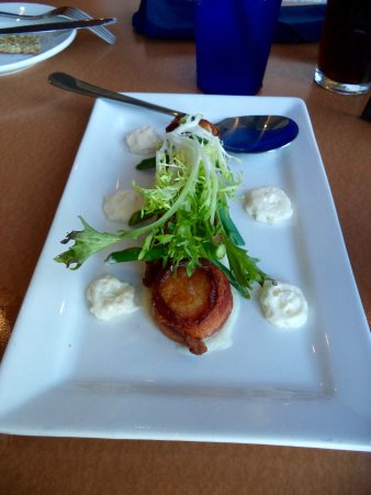 New Bedford, MA: Starter of Bacon wrapped scallops with cauliflower puree and asparagus.