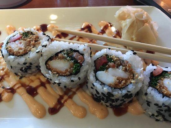 J Alexander's Restaurant: Crunchy Shrimp Roll
