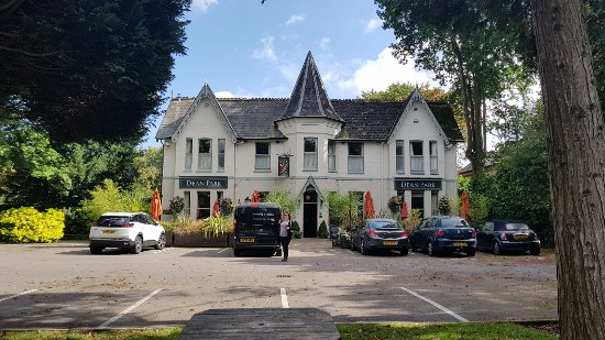 The Dean Park Inn