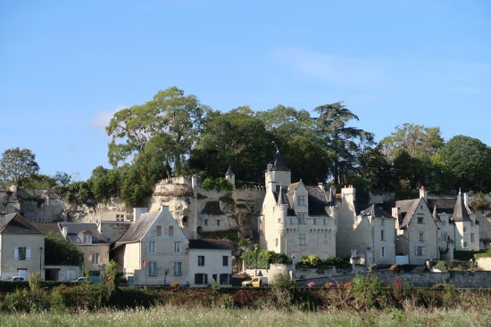 Souzay-Champigny, فرنسا: View looking towards La Sterne