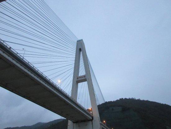 Yichang, الصين: fleuve yantze