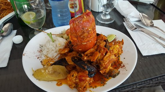 La Vaca Rosada: Wonderful Seafood at low cost (about $14)