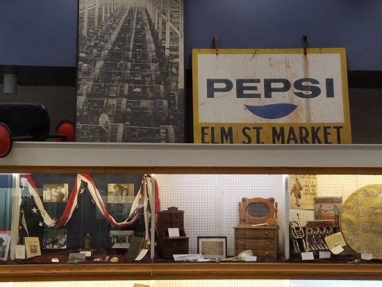 Marion, OH: Display of local history.