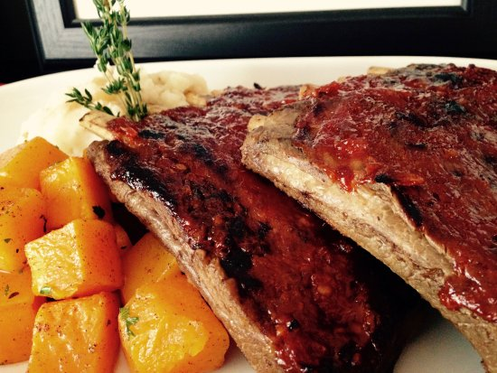 Middleton, Canadá: The FAMOUS Ribs