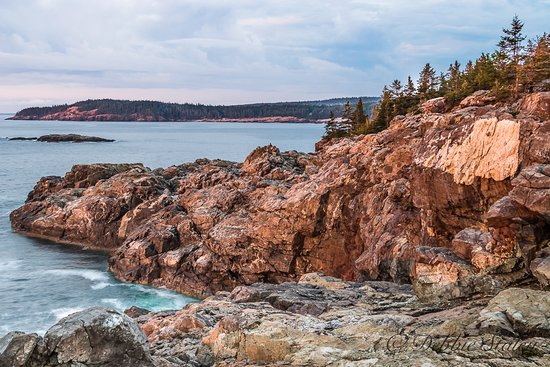 Southwest Harbor, ME: Early morning shot from Great Head