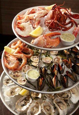 Latitudes Restaurant: photo0.jpg