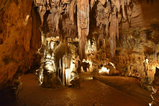 Hillside Motel: Luray Caverns