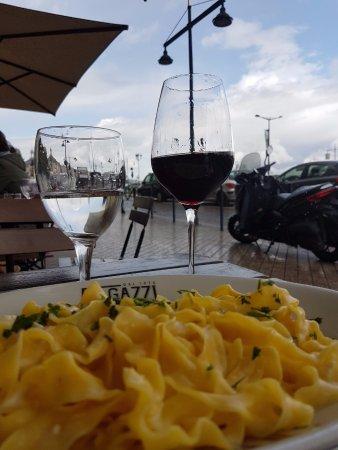 Ragazzi da peppone la rochelle restaurant reviews for Ragazzi da peppone la rochelle