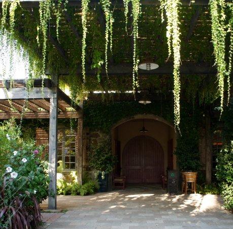 Rutherford, Kalifornien: Entrance