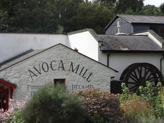 Avoca, Ireland: Fábrica de telares establecida en 1723