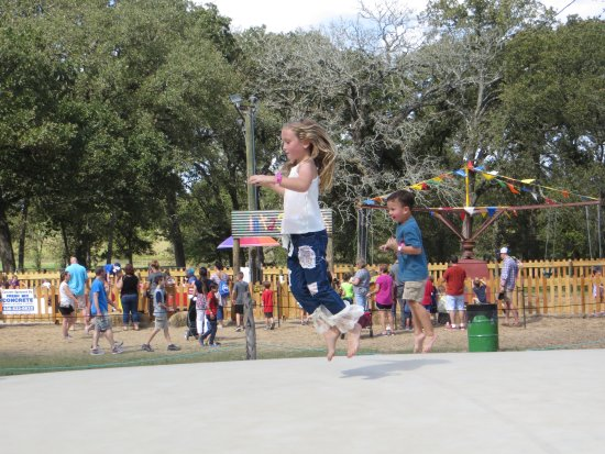 Montgomery, TX: BOUNCE FUN