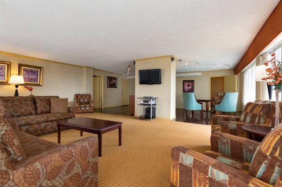 Radisson Hotel Rochester Riverside: Riverside Executive Suite