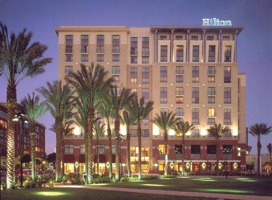 Hilton San Diego Gaslamp Quarter - UPDATED 2018 Prices ...