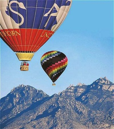 The Golf Villas at Oro Valley: soar the blue skys
