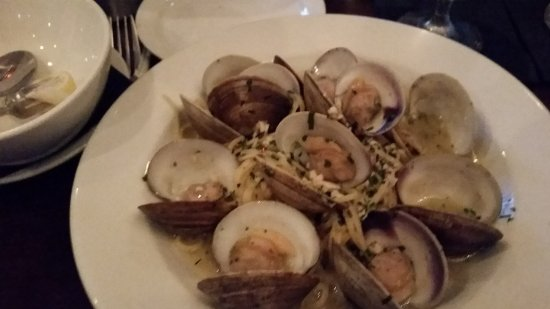 Hobe Sound, Floryda: Linguine with clams in a white wine sauce