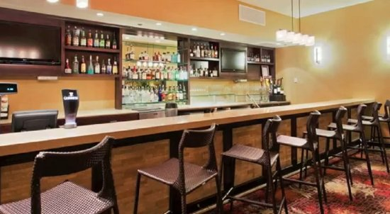 Concord, CA: Vineyards Restaurant & Bar