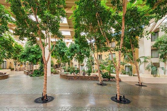 Concord, Californien: Atrium