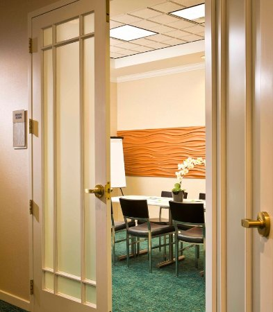 SpringHill Suites by Marriott Fairbanks: Boardroom