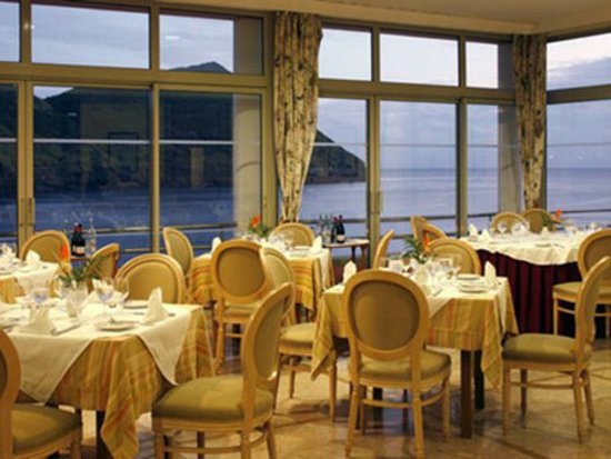Terceira Mar Hotel : Restaurant