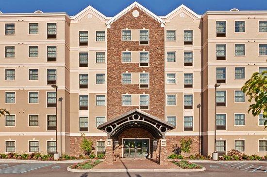 Staybridge Suites Buffalo/West Seneca: Hotel Exterior