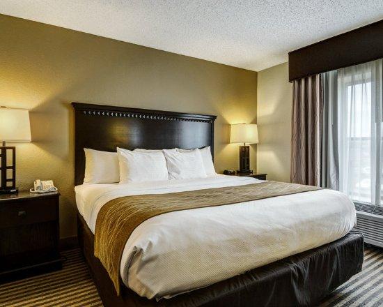 Comfort Inn & Suites: ARBig SNK