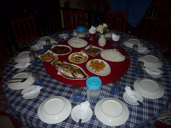 Santa Ana, Philippines: Dinner at Jotay