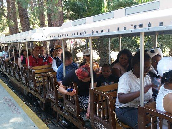 Oakland Zoo: Zoo Train