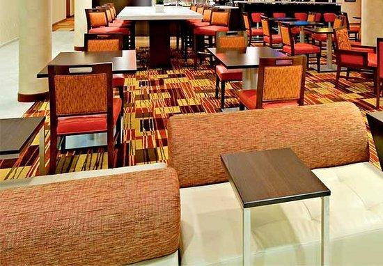 Troy, AL: Lobby Seating