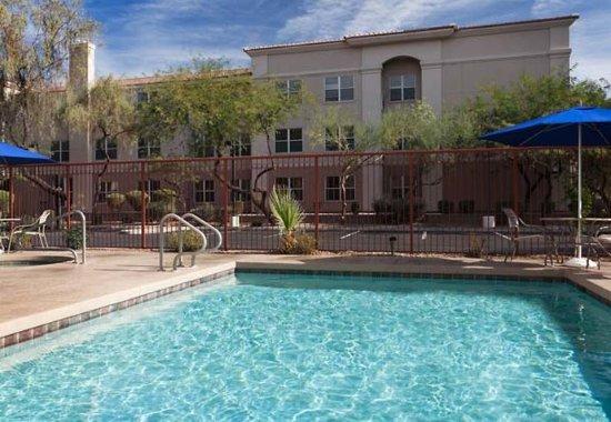 GreenTree Inn & Suites Mesa / Phoenix : Outdoor Pool