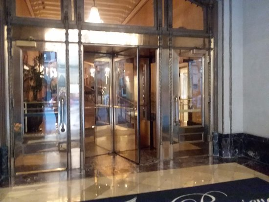 Front Doors Into Lobby Picture Of The Roosevelt New