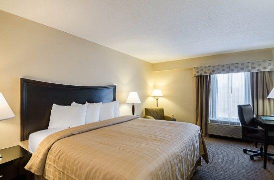 Troutville, VA: King guest room