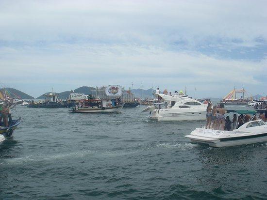 Itacuruca: Carnaval no mar