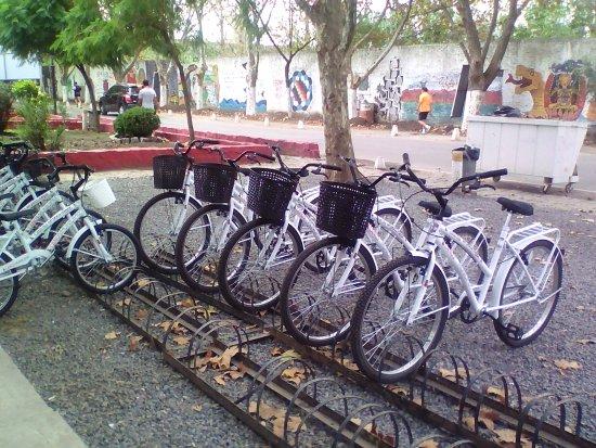 Velodromo De Lanus: Bicis que dan en préstamo por un rato