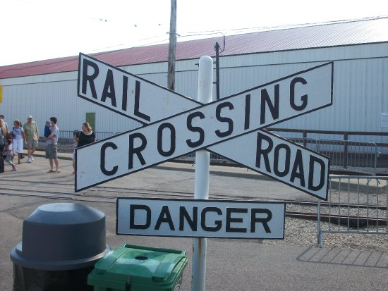 Union, IL: The Railroad Crossing cross buck