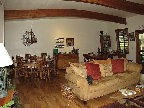 Blue Spruce Bed and Breakfast Photo