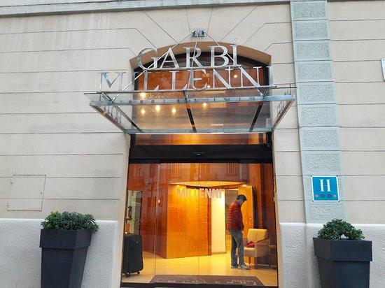 Hotel Garbi Millenni Photo