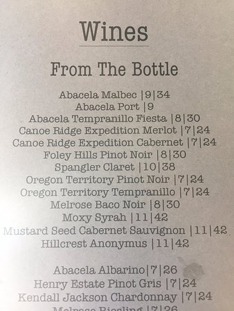 Roseburg, OR: wine menu