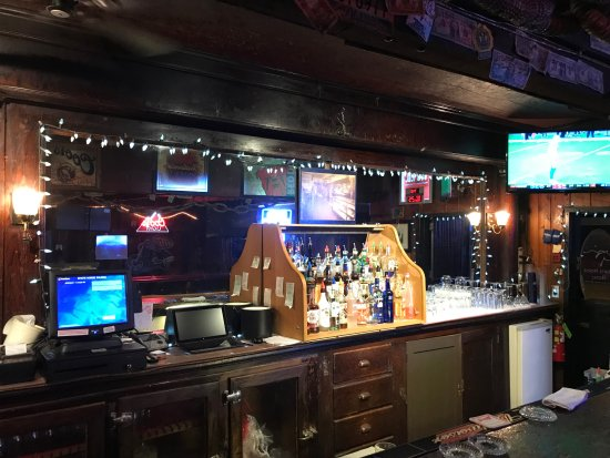 Spirit Lake, ID: the bar.