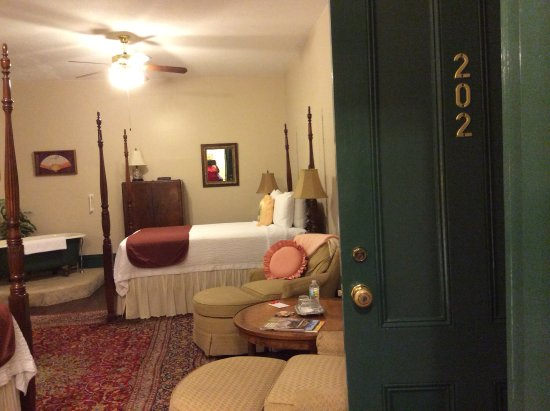 St. Marys, GA: Bedroom suite with claw foot tub