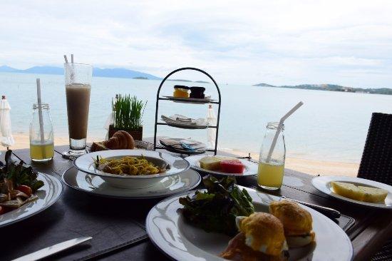 The Scent Hotel : อาหารเช้า