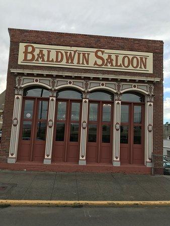 Baldwin Saloon: iron work front..