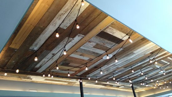 lulus cafe reclaimed wood ceiling - Reclaimed Wood Ceiling